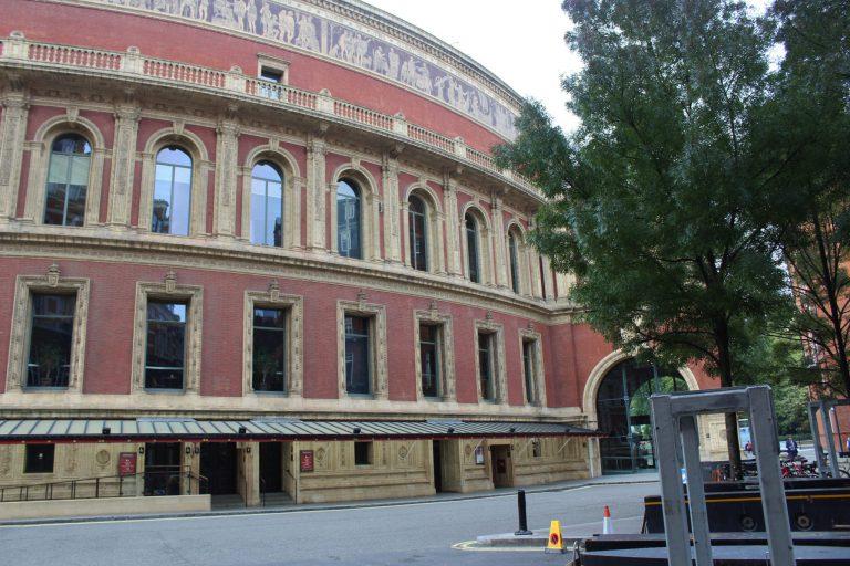 Royal Albert Hall, Smoking Gallery